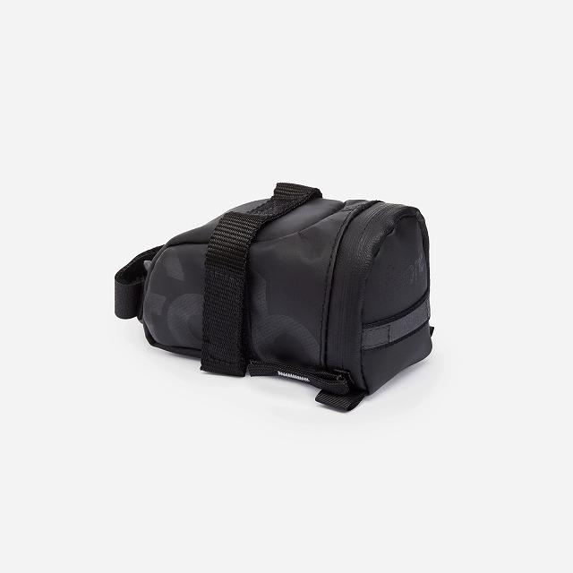fabric(ファブリック) CONTAIN SADDLE BAG ブラック S