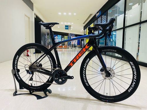 TREK ( トレック ) ロードバイク P1 DOMANE SLR ( プロジェクトワン ドマーネ SLR ) グランプレ 52(適正身長170cm前後)